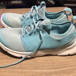 9.5 blue under armour drift rn mineral sneakers